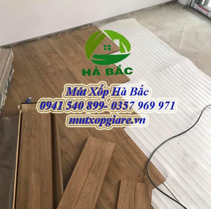 Mút 2mm lót sàn gỗ công nghiệp