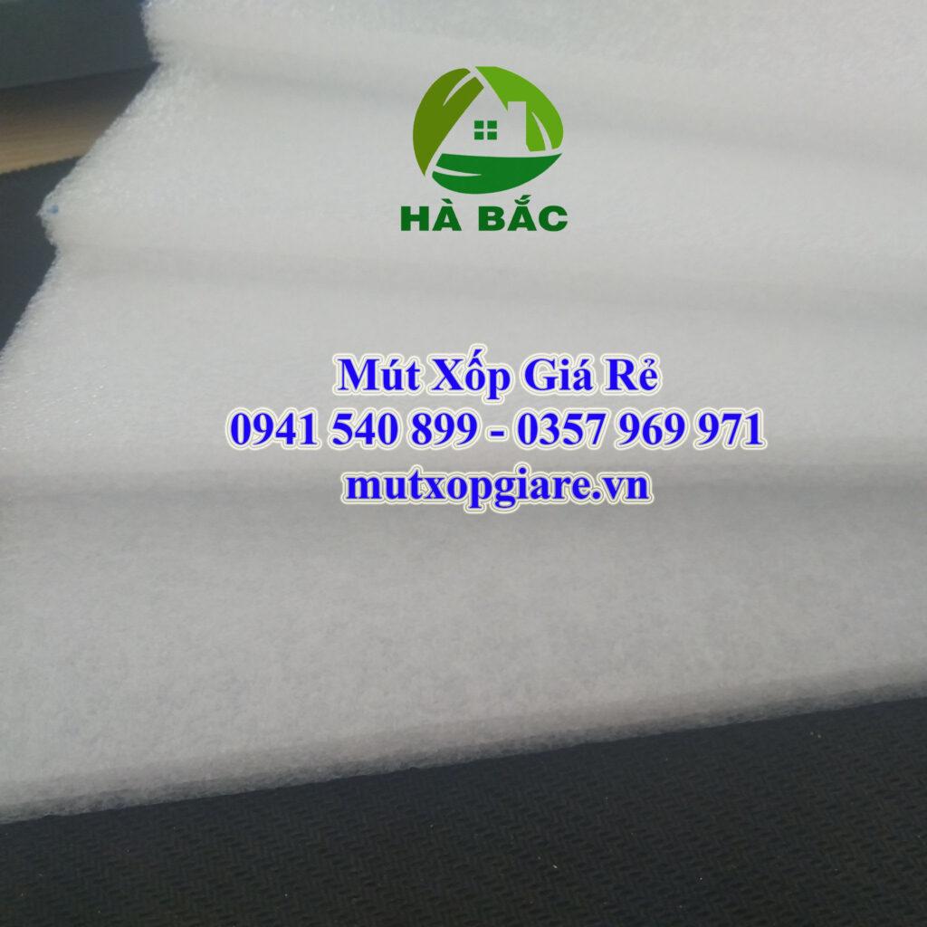 Tấm xốp dùng may áo phao